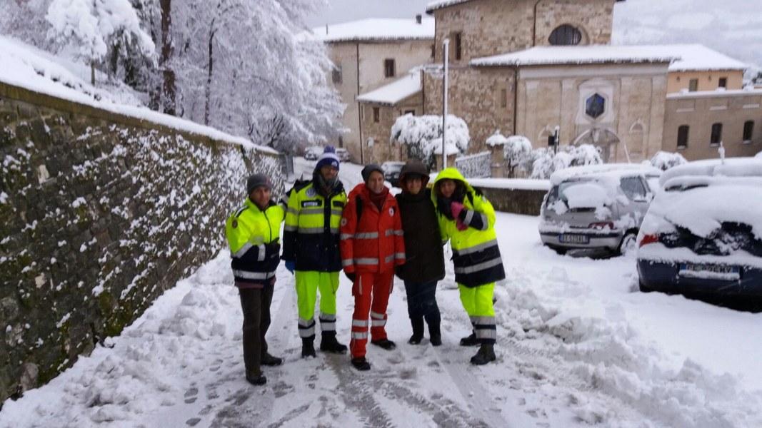 Volontari e funzionari dell'Agenzia a Caldarola e San Severino Marche - 6