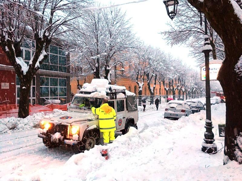 Emergenza neve nelle zone terremotate - 2/10