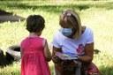 Coronavirus, bambino al parco, mascherina, gioco