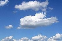 nuvole con cielo sereno.jpg