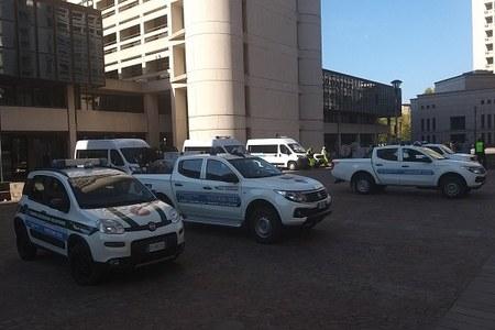 Esposizione mezzi in piazzale Imbeni 2021 (1)