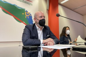Bonaccini e Priolo conferenza stampa cantieri.jpg