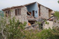 Casa distrutta, macerie